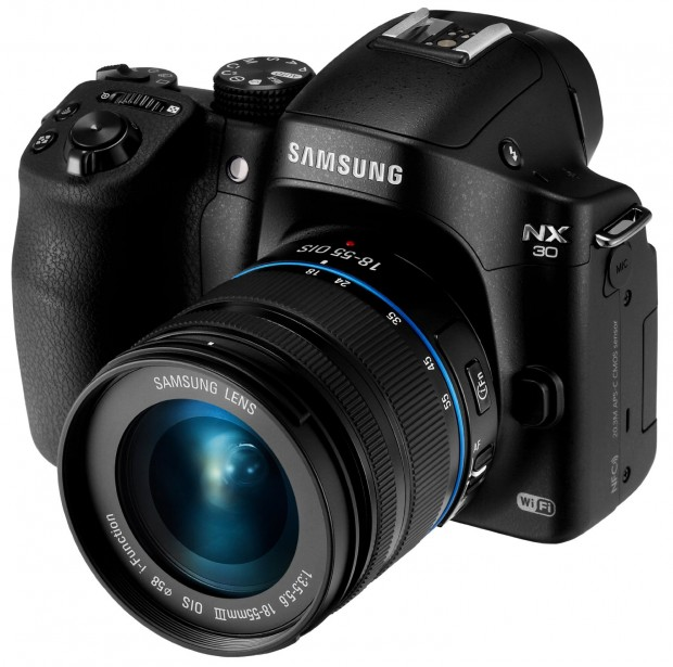 Hot Deal: Samsung NX30 & WiFi 3″ EVF Touch Screen w/ 18-55mm Lens for $499
