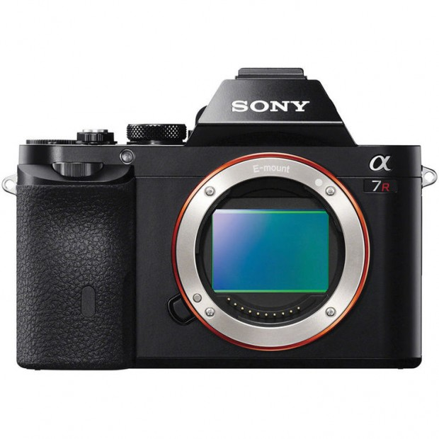 Hot Deal: Refurbished Sony a7R for $1,299