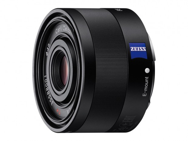 <span style='color:#dd3333;'>Hot Deal: Sony 35mm F2.8 Sonnar T* FE ZA Lens for $595</span>