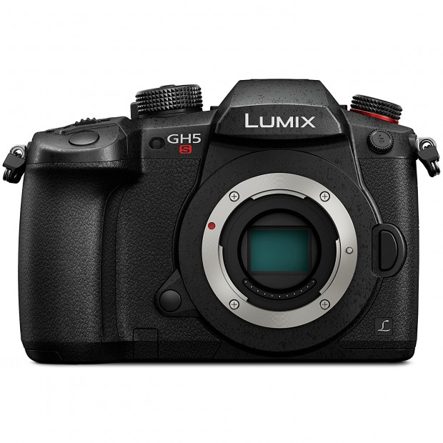 Hot Deal: First $200 Off on Panasonic GH5s
